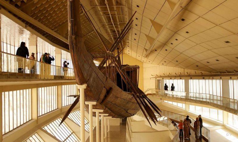 Museo del Barco Solar - Giza