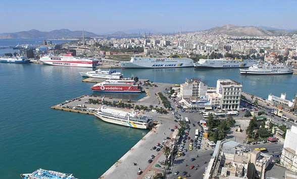 Puerto de El Pireo Viajes Grecia