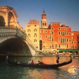 Visita la bella ciudad de Venecia en Italia