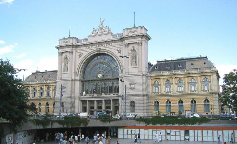 estacion trenes keleti budapest