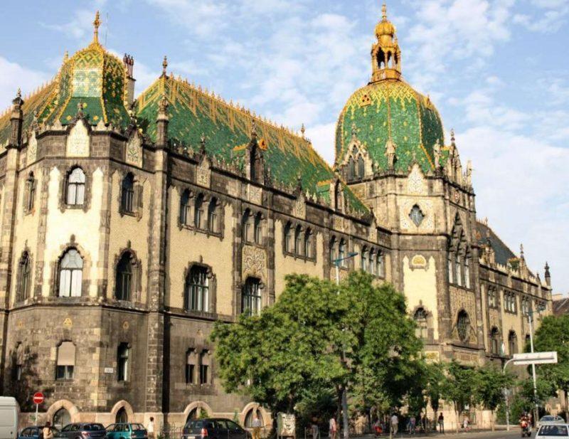 visitar museo de artes aplicadas budapest