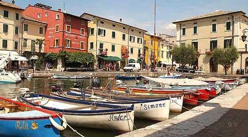 lazise lago di garda italia