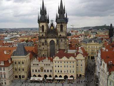 Castillo Praga Viajes