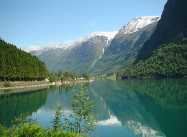 Nordfjord fiordo situado al oeste de noruega