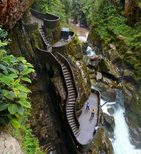 Pasos Canyon, Ecuador