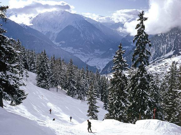 Esquiar en Suiza en los Alpes Suizos