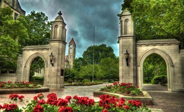 La Universidad de Indiana en Bloomington Puertas de muestra