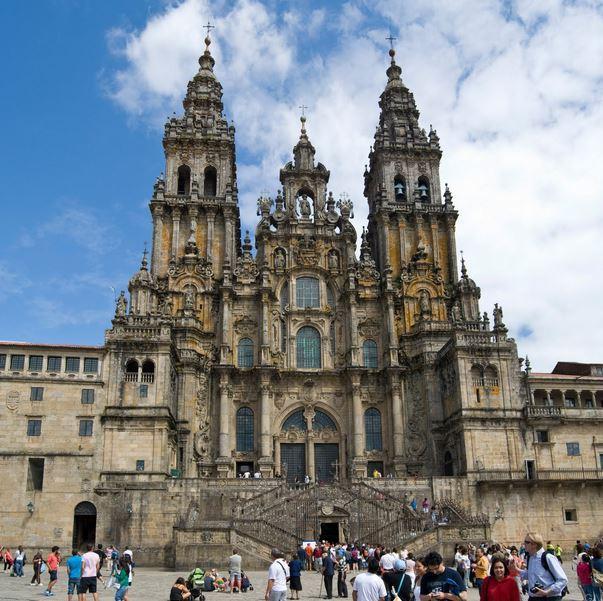 lugares turisticos bilbao catedral de Santiago