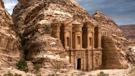 Petra un lugar maravilloso del mundo antiguo