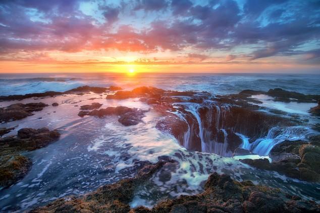 El Pozo de Thor - Un lugar increíble pero peligroso cerca al Pacífico (2)