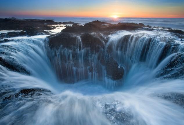 El Pozo de Thor - Un lugar increíble pero peligroso cerca al Pacífico