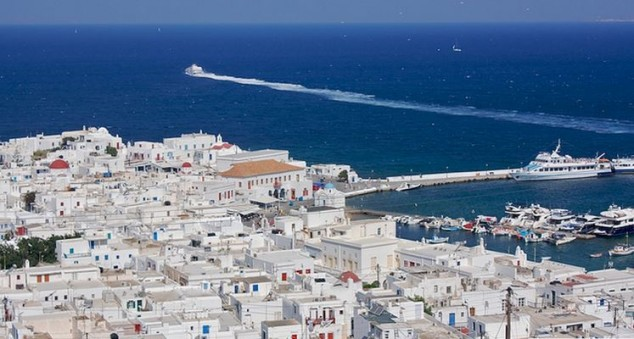 Mykonos es famosa como un destino cosmopolita