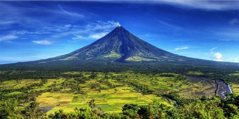 Mayon es el volcán activo más grande de filipinas