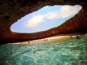 La playa oculta de las Islas Marietas - Un paraíso en la tierra