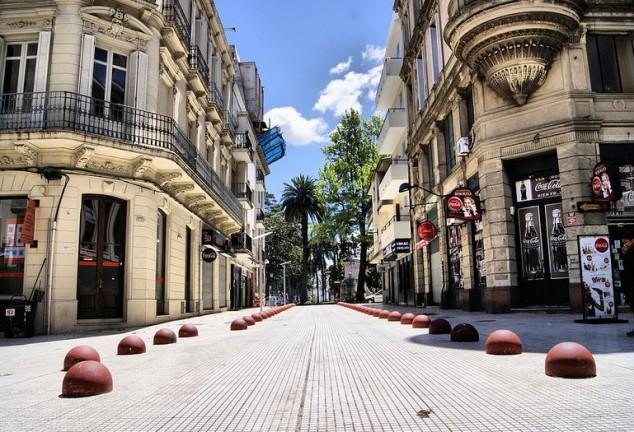 ciudad vieja casco antiguo montevideo uruguay