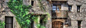 pueblo con encanto mura barcelona