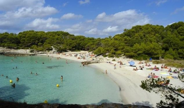 playa binigaus menorca