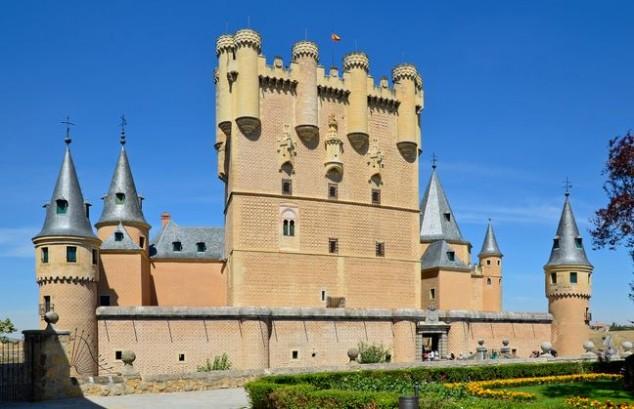 castillo alcázar de segovia