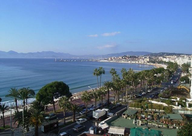 Cannes ciudad famosa por el Festival de Cine de Cannes anual