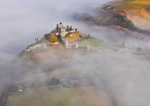 Castillo de Corfe en inglaterra
