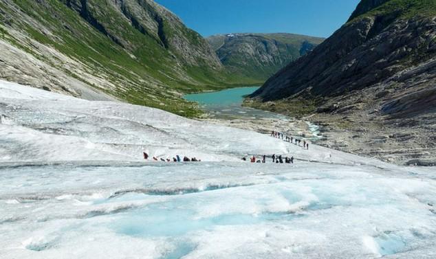 El glaciar más grande de Europa Jostedalsbreen