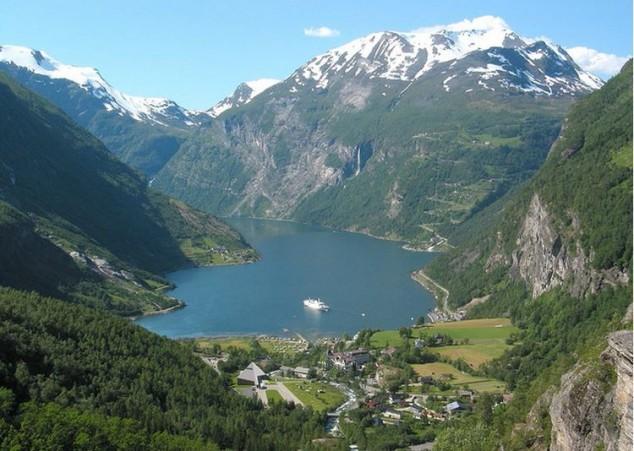 Fiordos de Noruega Geirangerfjord