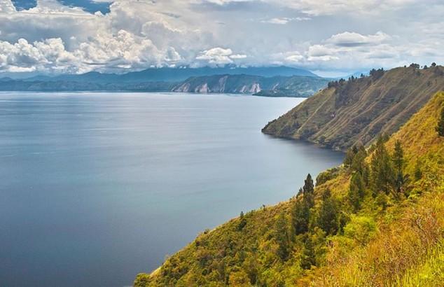Lago Toba EN INDONESIA