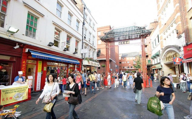 Soho Londres, Pubs y clubs londinenes
