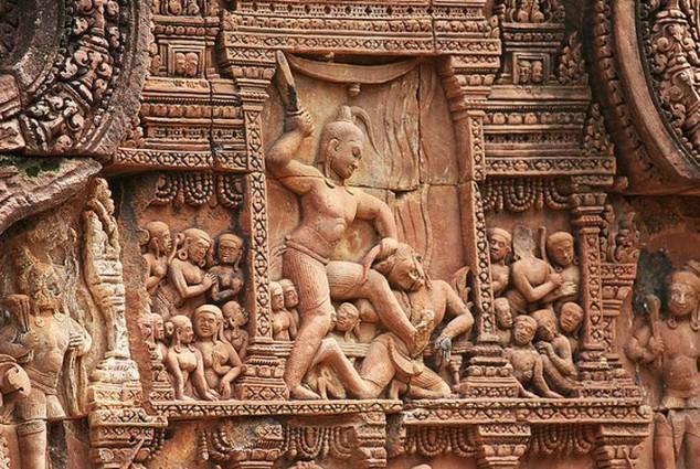 Templo Banteay Srei uno de los sitios más pequeños en Angkor