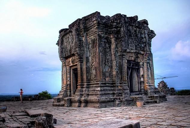 Templo Phnom Bakheng Dedicado a Shiva