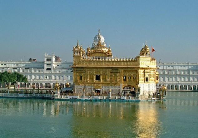 Templo de Oro principal atracción turística de Amritsar