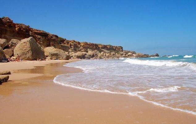 mejores playas de españa PLAYA LA BARROSA (ANDALUCIA