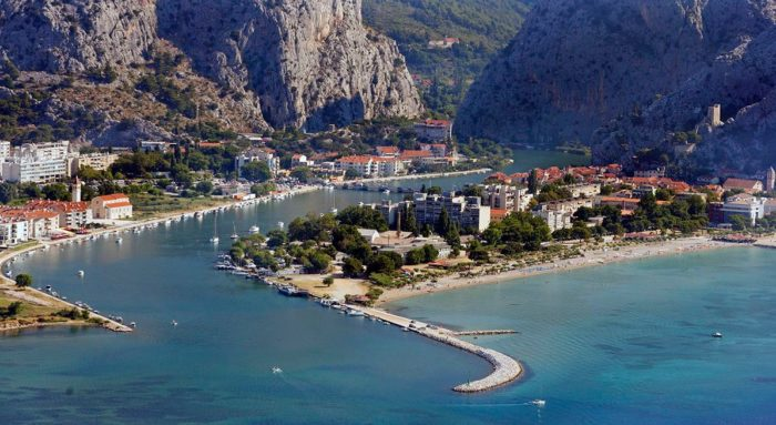 playas de croacia omis