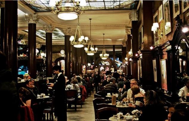 visitar el Café Tortoni