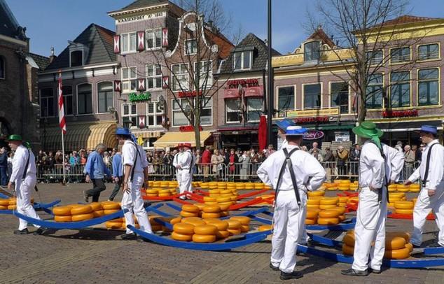 Alkmaars mercado de quesos en Amsterdam