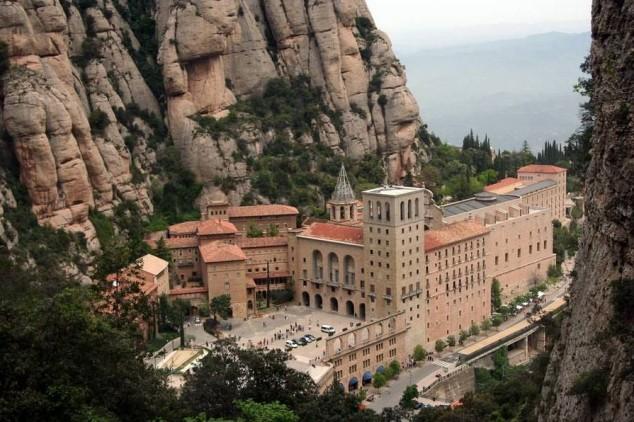 Montserrat, la montaña mágica - Barcelona