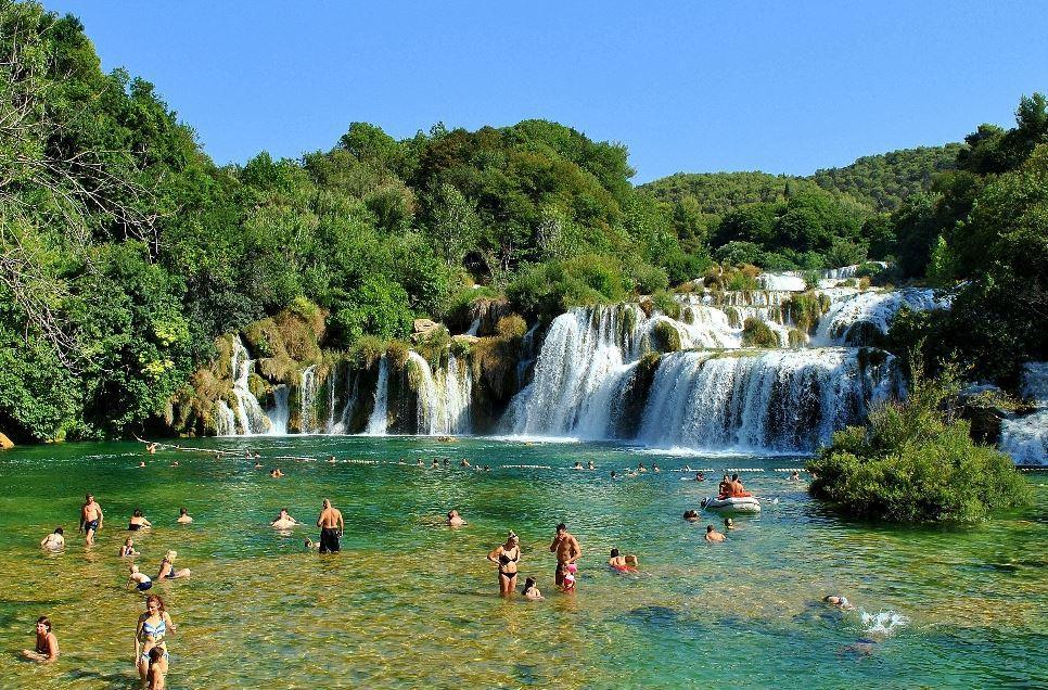 Que visitar en croacia ciudades y lugares que ver en for Oficina de turismo croacia