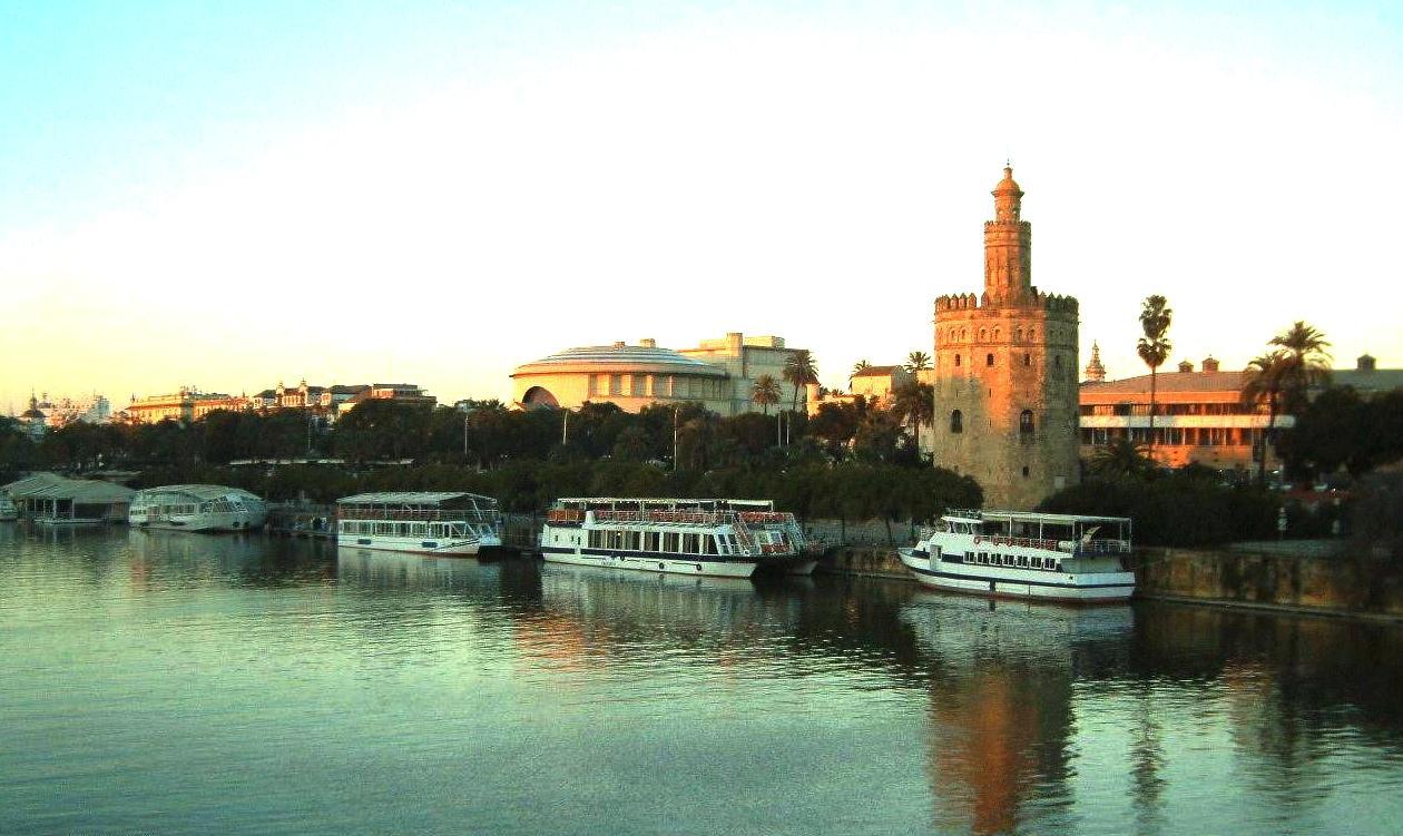 Hoteles En El Centro De Sevilla