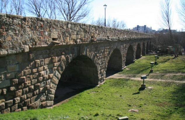 visitar salamanca puente romano