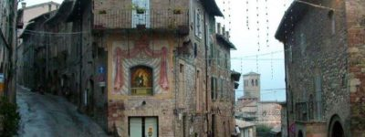 Asís pueblo medieval en Italia