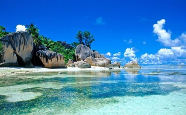 República de las Seychelles - un grupo de 115 islas ubicadas en el océano Índico