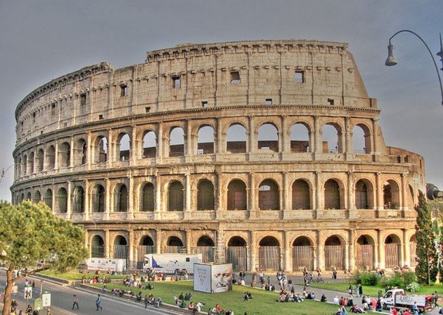 the famous roman colosseum in rome