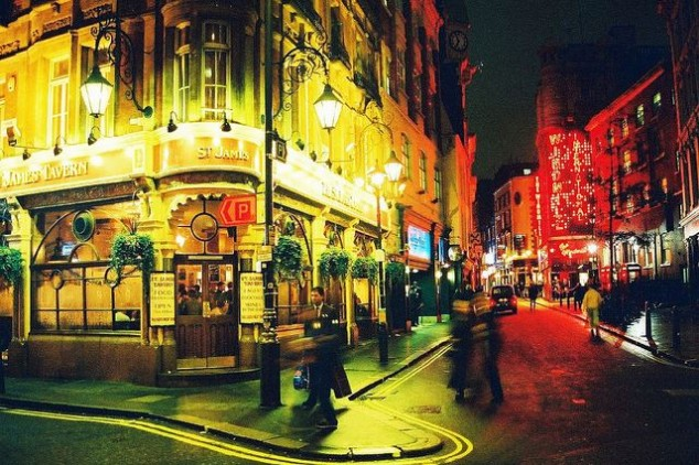 Soho Londres, Pubs y clubs londinense