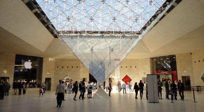 museo del louvre piramide invertida