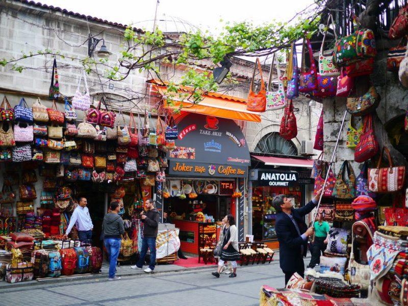 calles del gran bazar de estambul