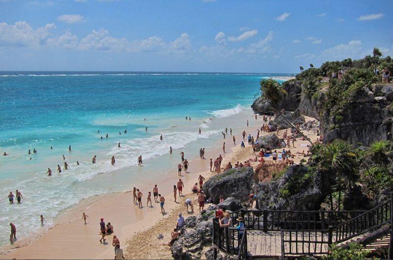 tulum alucinante playa en la costa oriental de la península de Yucatán