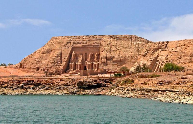 templo abu simbel egipto