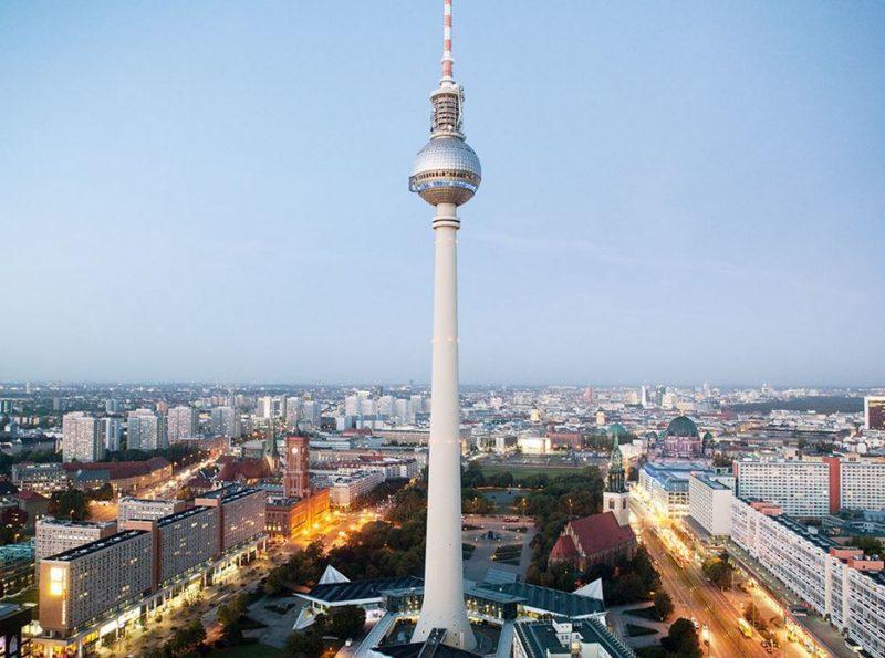 visitar alexanderplatz en berlin