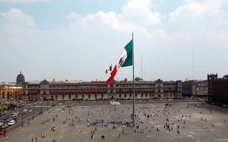 zocalo atraccion turistica en ciudad de mexico