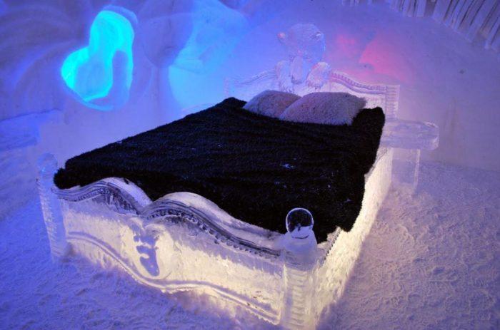 hotel de glace canada